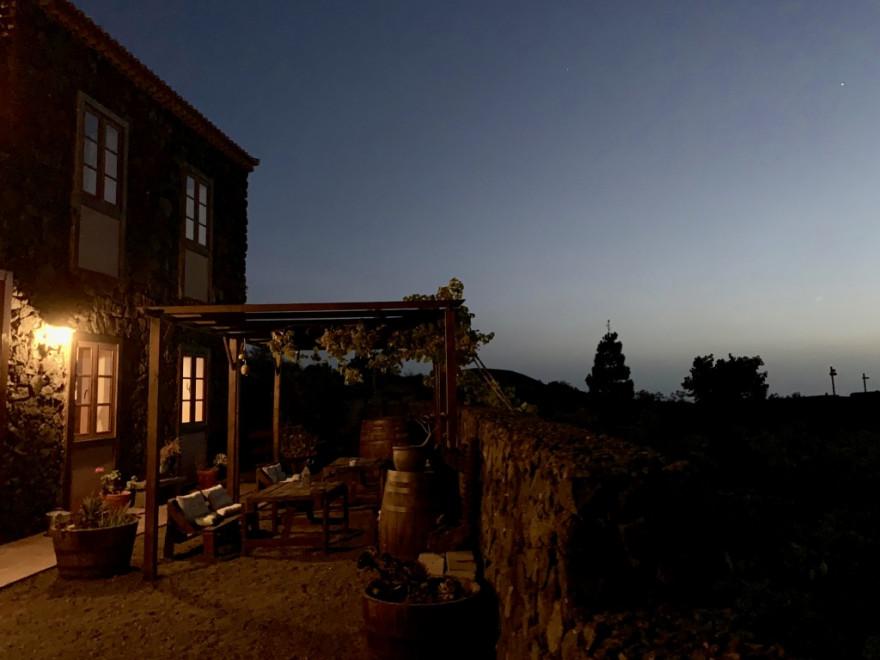 Los Canarios La Casa del Volcan1
