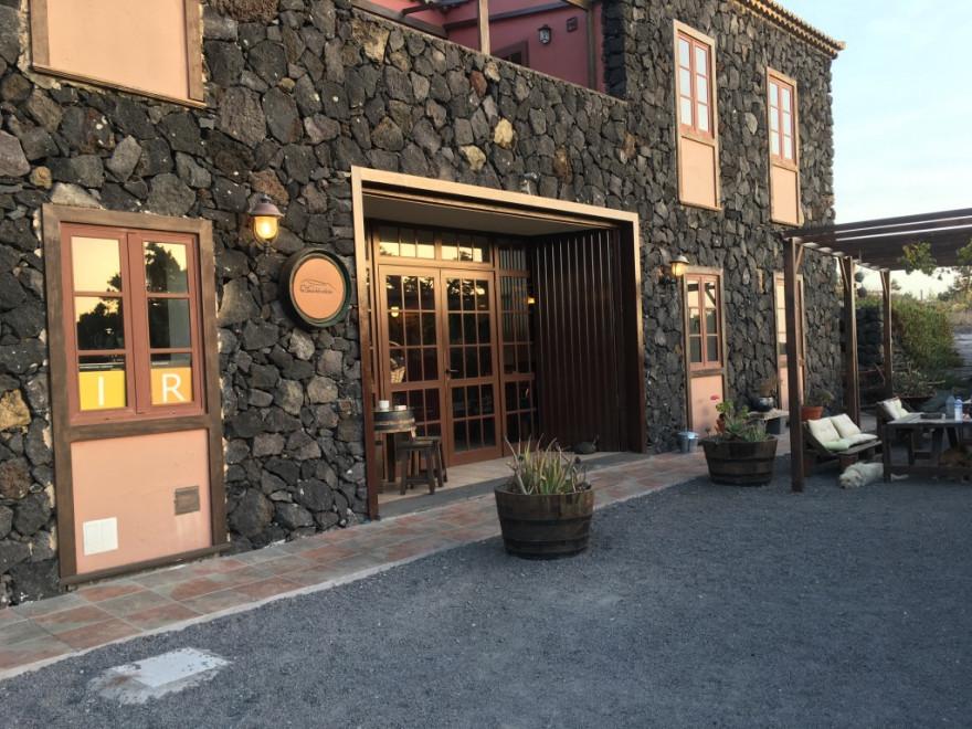Los Canarios La Casa del Volcan7
