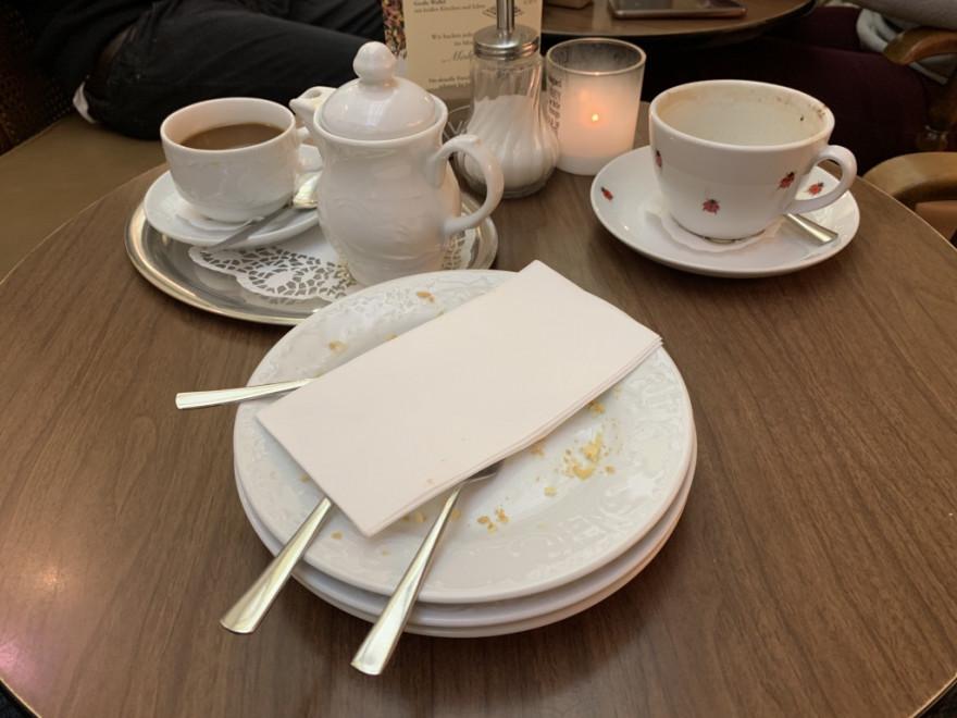 Cafe Pascher Köln Alles aufgegessen