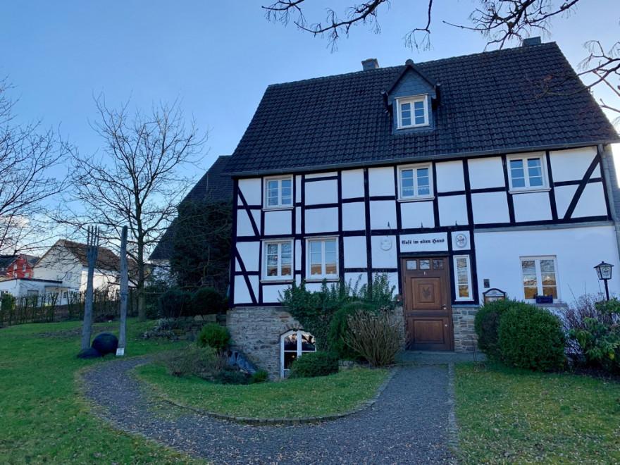 Gummeroth Café Im alten Haus Tortenschlacht 1