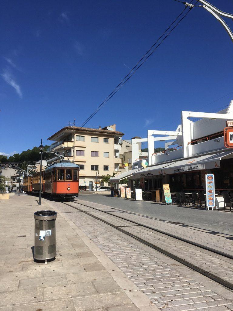 Port de Soller Strand Bocadillo und Orangenexpress 6