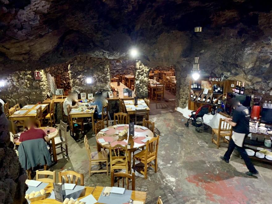 Abendessen Vulkanhöhle La Cueva Caprichosa Santa Cruz de Tenerife 5