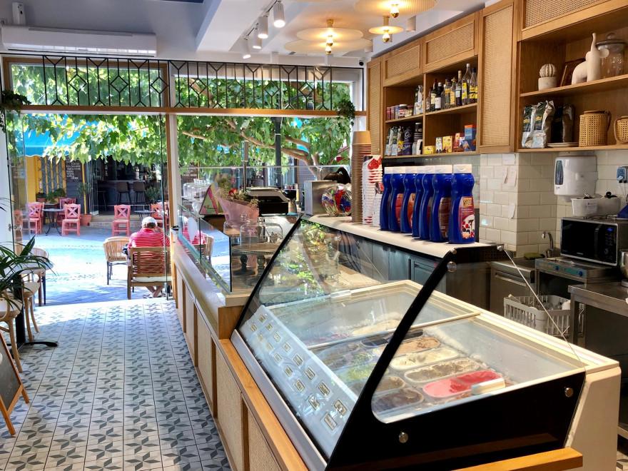 Törtchen im Cafe Patisserie Karakatsanis Paleochora 5
